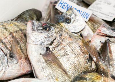 Bar Mareyage Hennequin - commerçant des produits de la mer sur la côte atlantique